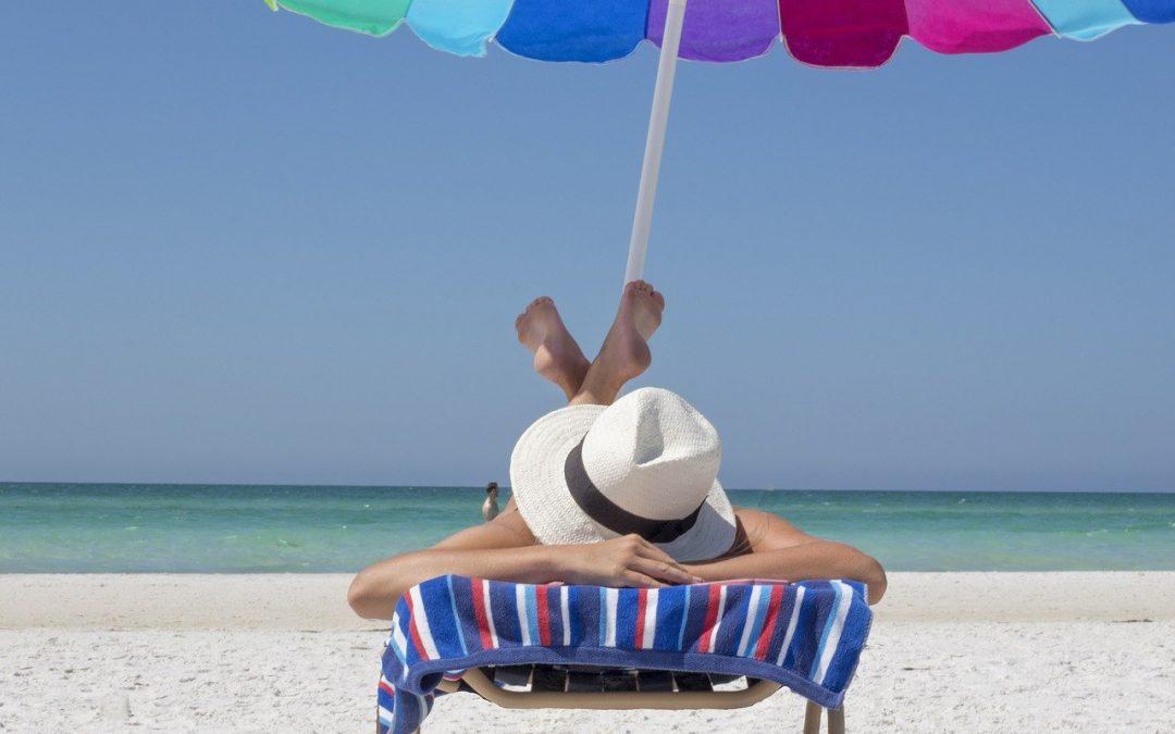 Cómo tomar el sol cuidando tu salud.