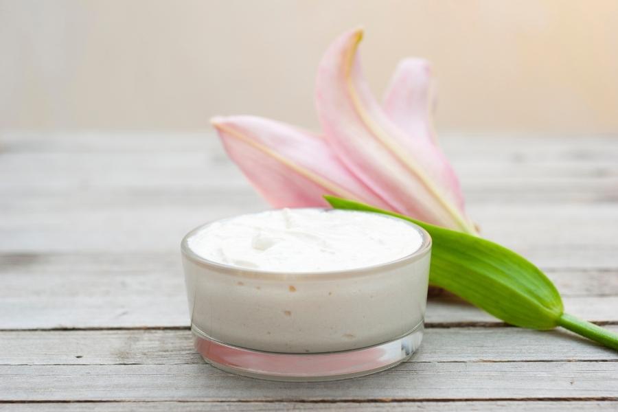 ¿Cuál es mejor: crema hidratante o humectante?